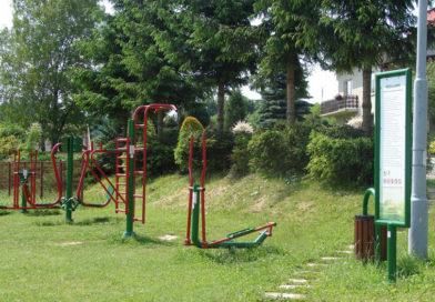 Zagospodarowanie przestrzeni publicznej poprzez lokalizację siłowni plenerowej w Rzepienniku Biskupim