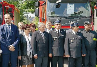 Nowy samochód strażacki
