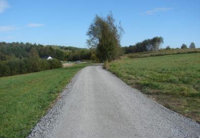 Droga Rzep. Strzyżewski w kier. Michalika