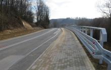 Chodnik-i-umocnienie-drogi-w-Rzepienniku-Strzyzewskim-2