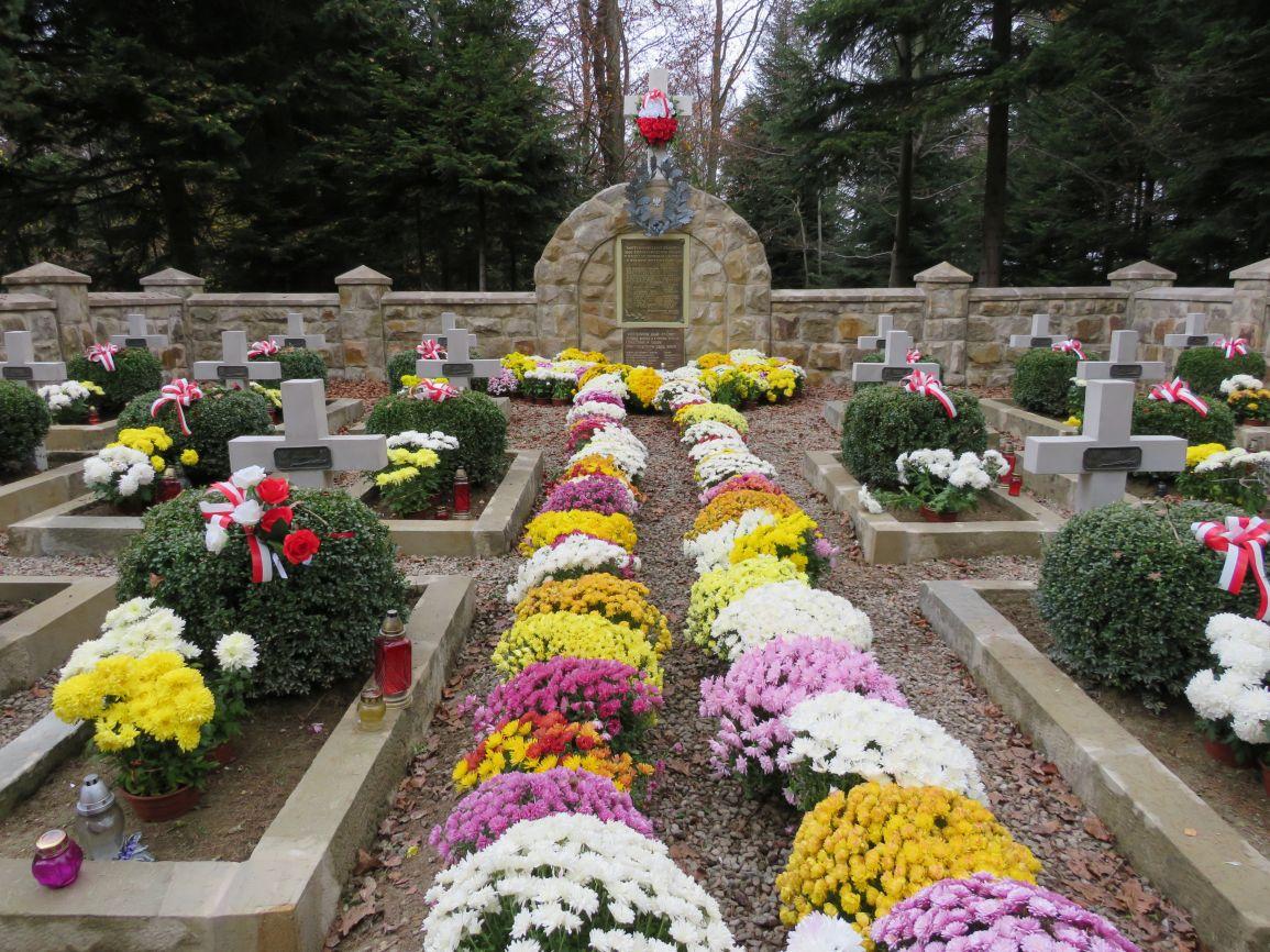 Cmentarz-w-Dabrach-2