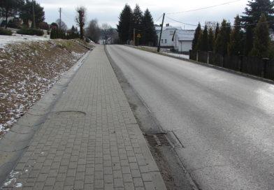 Chodnik w Olszynach